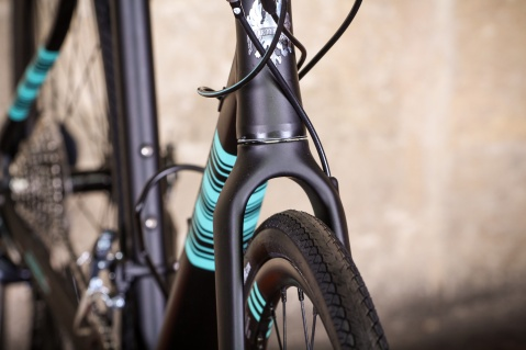 bianchivianirone7allroad-forkclearance